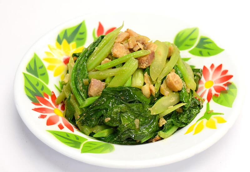 パット・カナー・プラーケム(カイラン菜と塩魚の炒め物)
